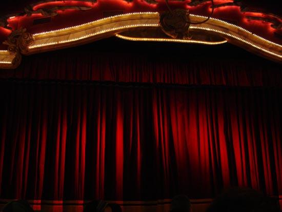 """Die Hauptbühne im """"Teatro dell'Arte""""."""