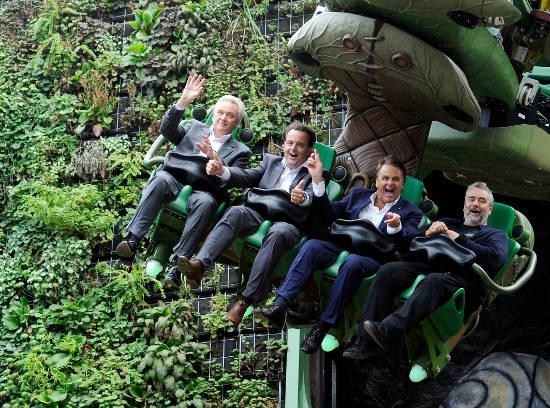 Jürgen Mack, Michael Mack, Roland Mack und Luc Besson auf dem erlebnisreichen Flug durch die Königreiche Arthurs. Bild: Europa-Park