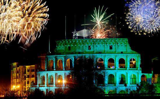 Silvesterfeuerwerk am Europa-Park Hotelresort - Bild: Europa-Park