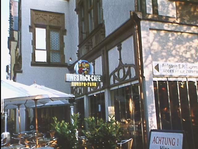 Das SWF3 Rock-Café noch mit alter Bezeichnung des Radiosenders. Das Bild entstand 1996.