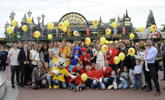 Die Teilnehmer aller nominierten Projekte der Goldenen Göre. Bild: Europa-Park