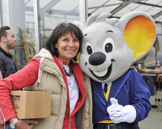 Marianne Mack freut sich auf viele Besucher beim großen Flohmarkt für den guten Zweck am 08. und 09. Oktober. Bild: Europa-Park
