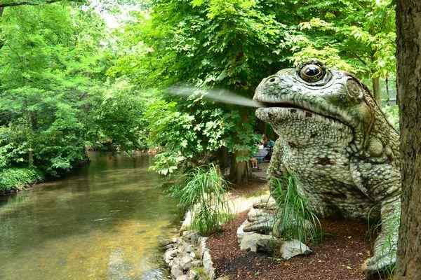 Die Kröte am Elzufer empfängt die Gäste im Land der Minimoys.