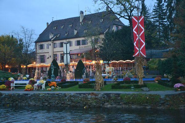 Schloss Balthasar im Abendlicht.