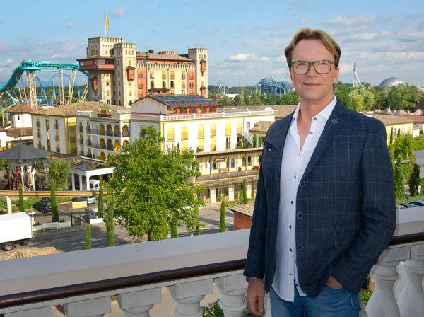 Wolfgang Lippert ist beeindruckt. Bild: Europa-Park