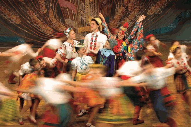 Tanzgruppe Barvinok zu Gast im Europa-Park. Bild: Europa-Park