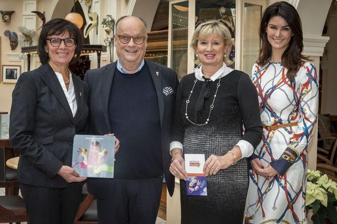 Spende des Kronen-Brauhauses Offenburg: 1.500 Euro für soziales Engagement der Familie Mack. Bild: Europa-Park