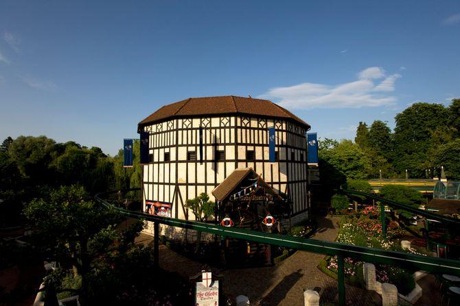 Das Globe Theater im Englischen Themenbereich. Bild: Europa-Park