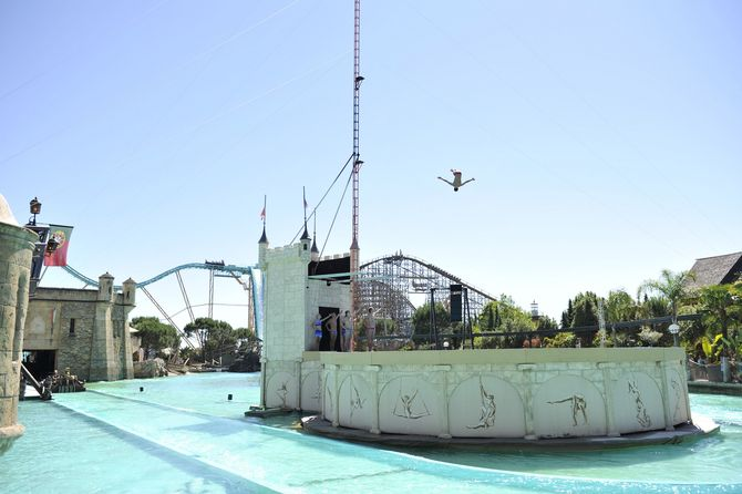 Die High Divers im Portugiesischen Themenbereich. Bild: Europa-Park