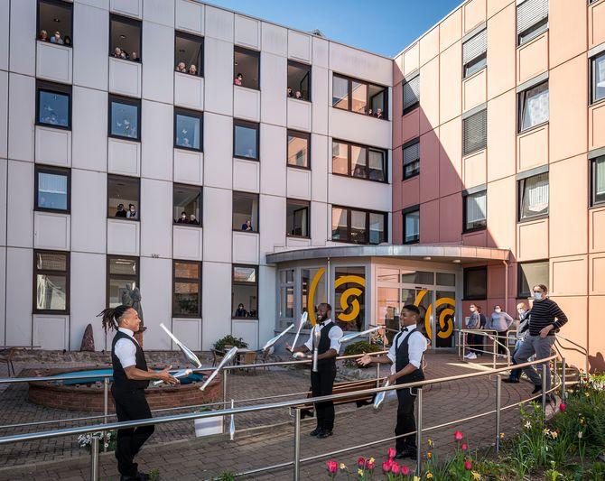 Begeistert zeigten sich die Bewohner des AWO-Seniorenzentrums Ludwig-Frank-Haus in Lahr. Bild: Europa-Park