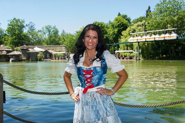 Antonia , Musikerin und Entertainerin, bei Immer wieder Sonntags im Europapark in Rust am 18.06.17. Bild: Europa-Park