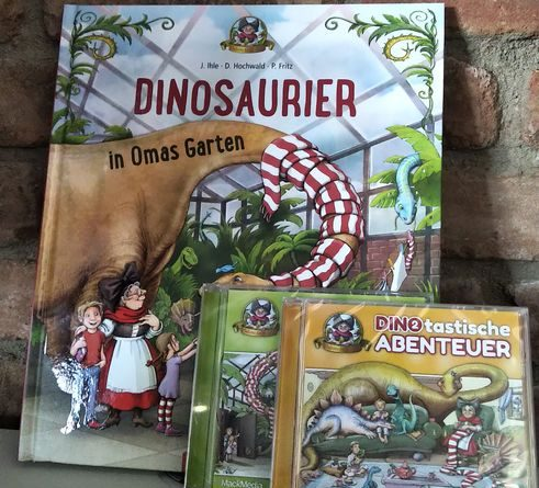 """Bilderbuch und Hörspiele entführen in die Welt der beliebten Familienattraktion """"Madame Freudenreich Curiosités"""". Bild: Europa-Park"""